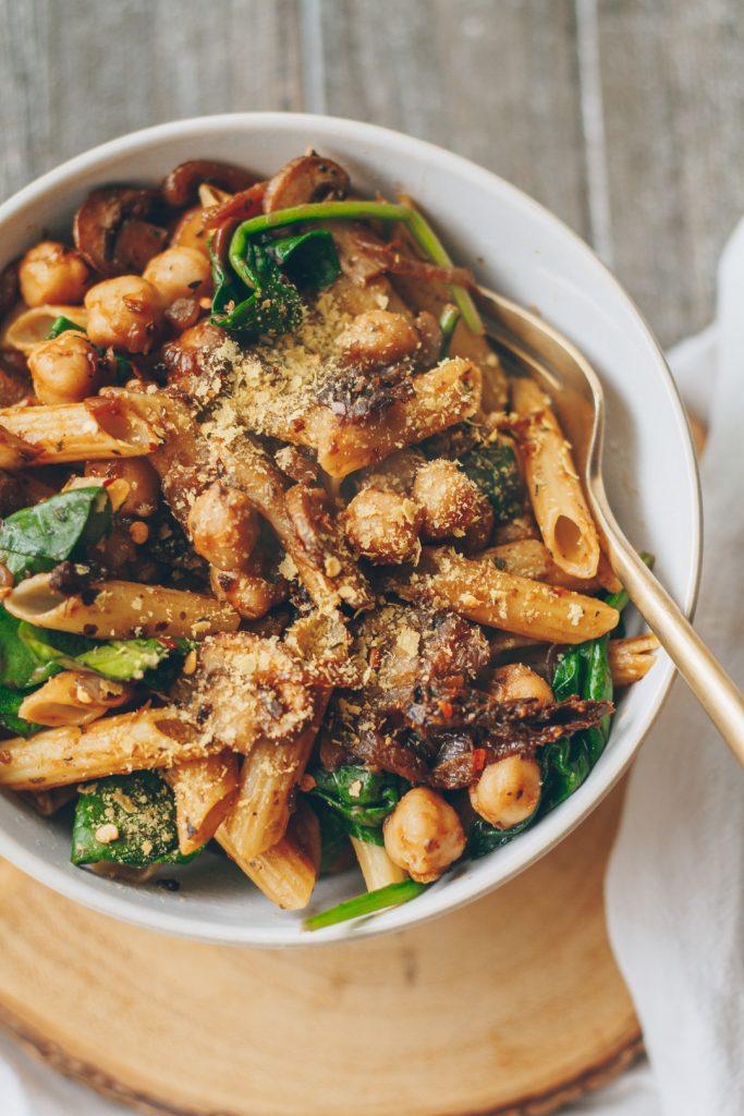 Caramelized Onion, Mushroom and Chickpea Pasta