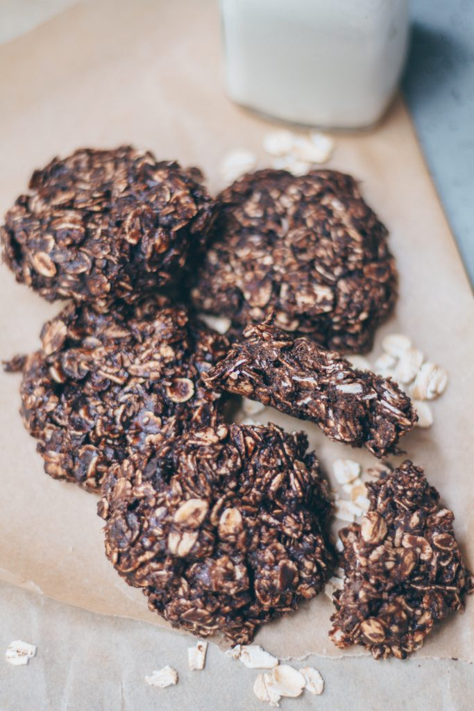 No-Bake Chocolate Coconut Cookies