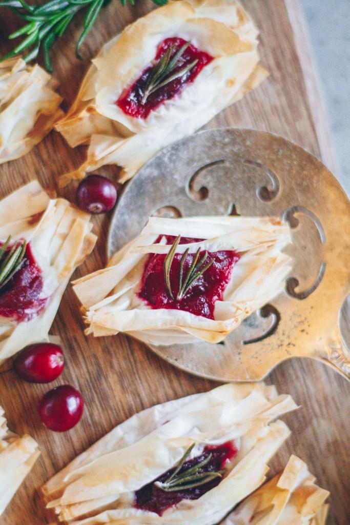 Vegan Cheesy Rosemary and Cranberry Bites