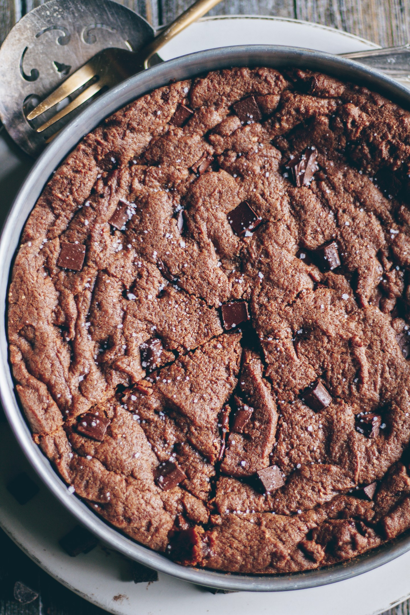double chocolate chip cookie skillet