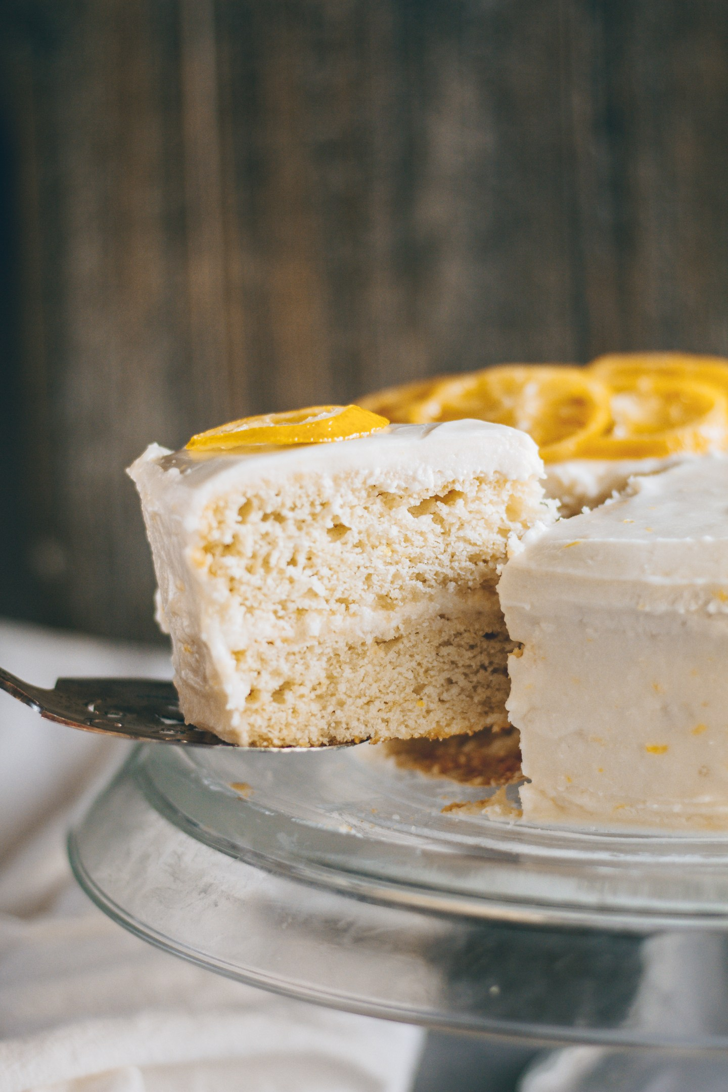 vegan fluffy lemon cake