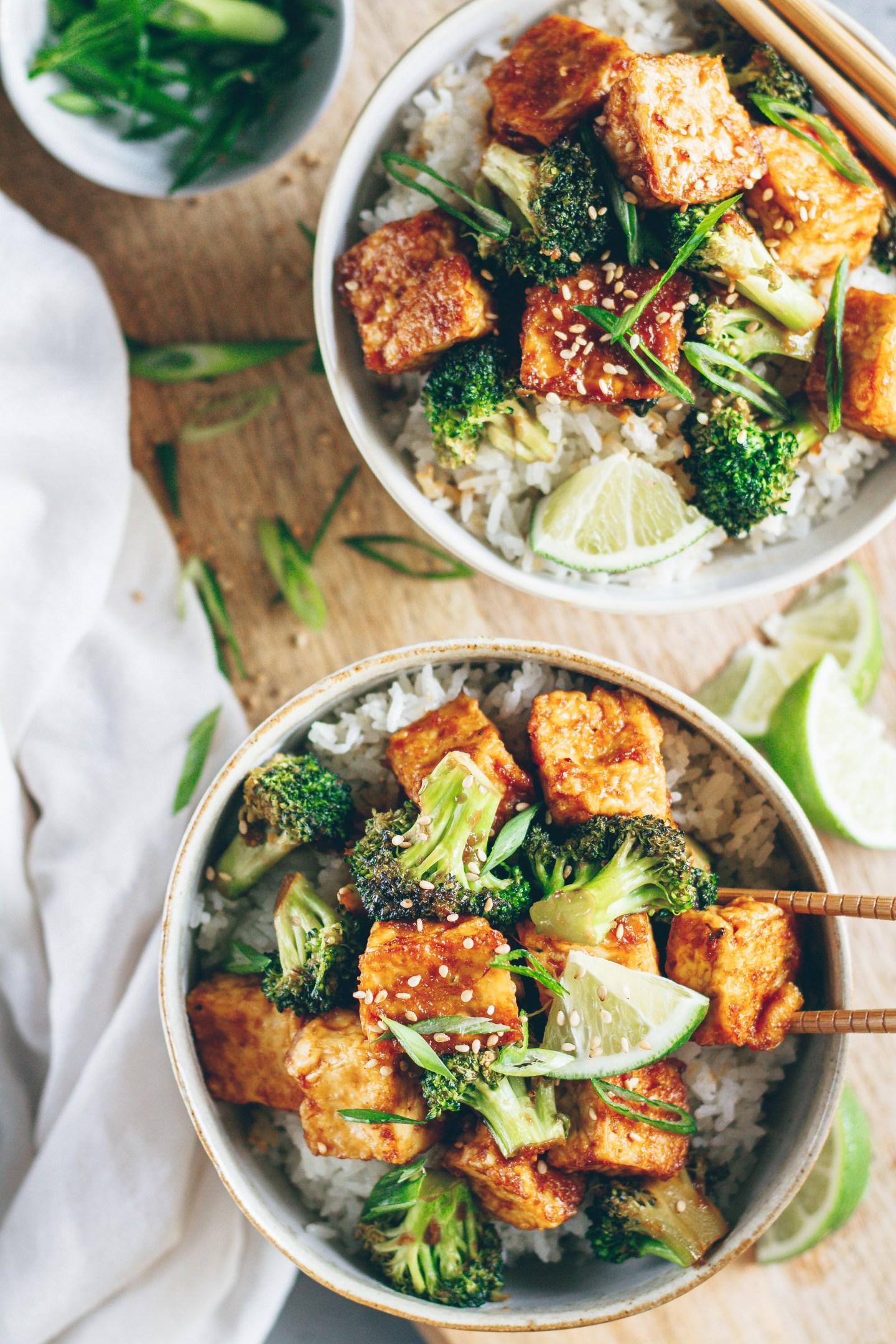sticky tofu and broccoli stir fry